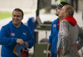 Pupo, Jorge Félix y Meinardo Torres, trío temible en el tiro rápido y repasan secuencias luego de obtener oro y plata en los Panamericanos de Lima. Foto: Irene Pérez