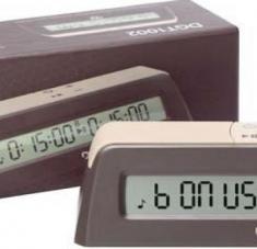 Los relojes de mayor nivel, como el 3000 y el 2010, que permiten variedad en los ritmos de juego y se acoplan a los tableros para la trasmisión en vivo por internet, se destinarán al trabajo de la preselección nacional y a las principales competencias.