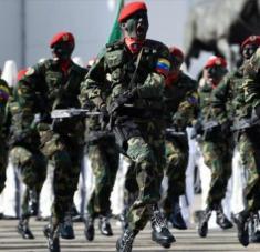 Miembros de la Fuerza Armada Nacional Bolivariana (FANB) en el Complejo Militar Fuerte Tiuna, en Caracas, capital, 10 de enero de 2019. Foto: AFP